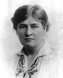 An analysis of the family devotion in the novel my antonia by willa cather