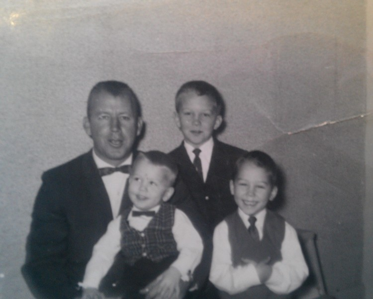 Harold Peterson with his sons
